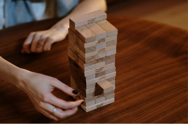 how to play jenga with dice